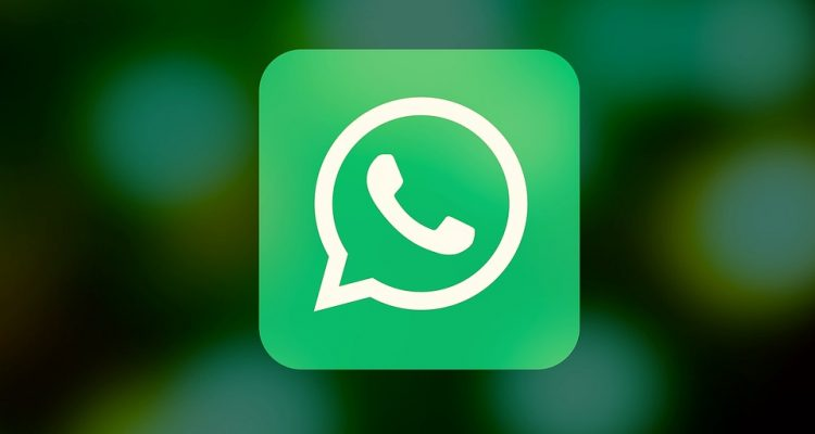This new feature connects WhatsApp with Facebook and many don't know it yet